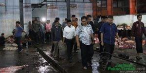 Tinjau RPH, Pj Wali Kota Makassar Jamin Stok Daging Sapi Aman